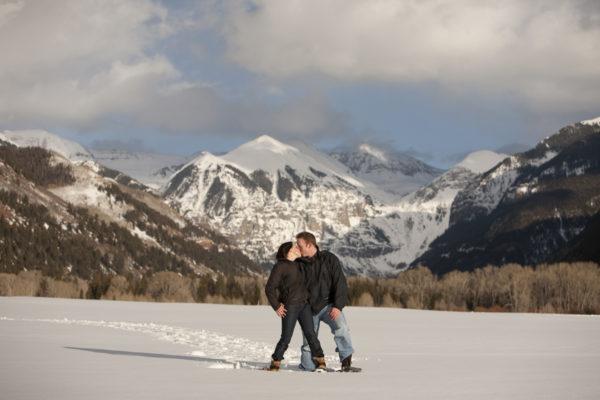 winter-telluride-engagement-photographer
