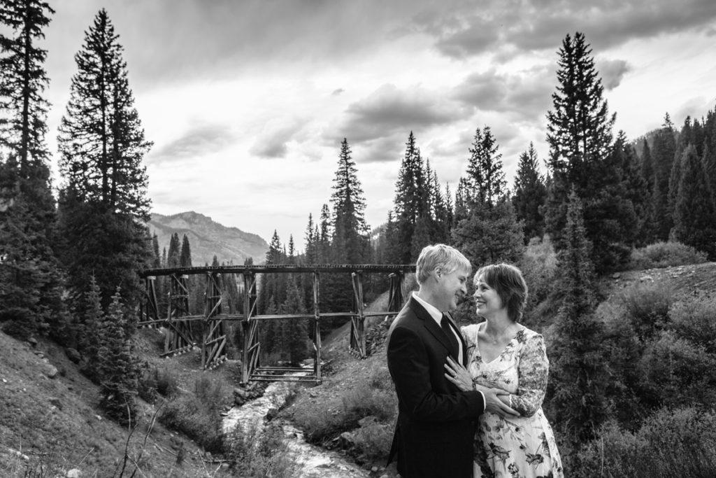 Colorado mountain elopement at trout lake