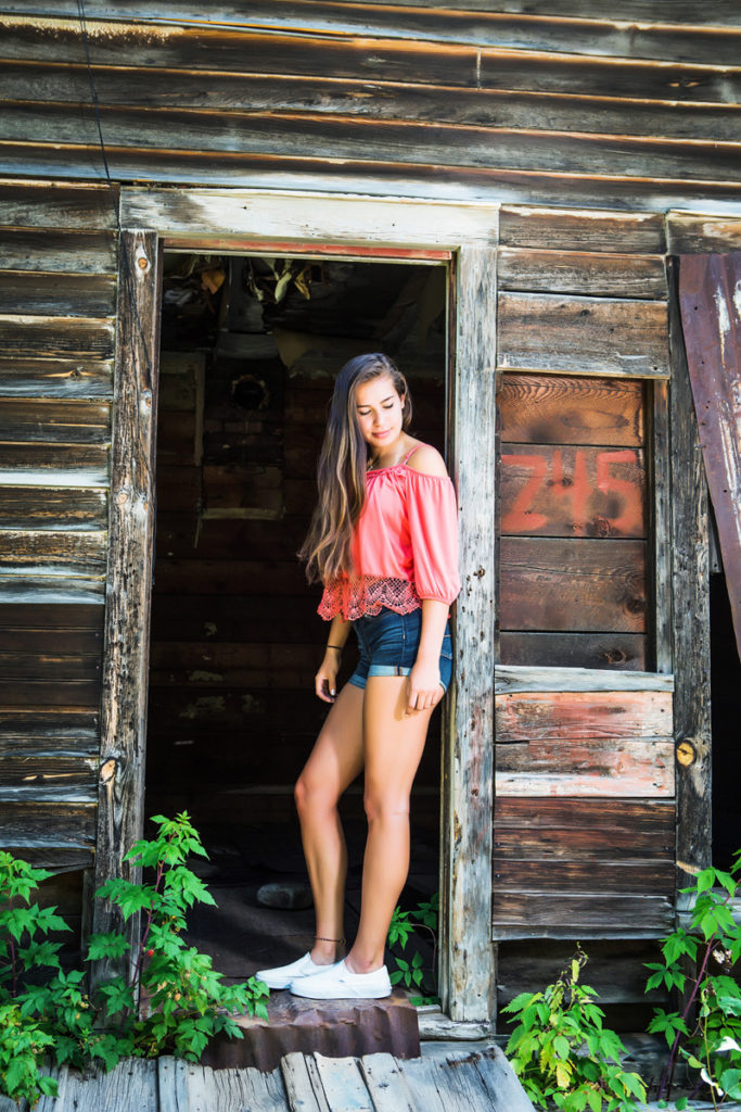 Ouray High school Senior, 10 tips for finding a good high school senior photographer